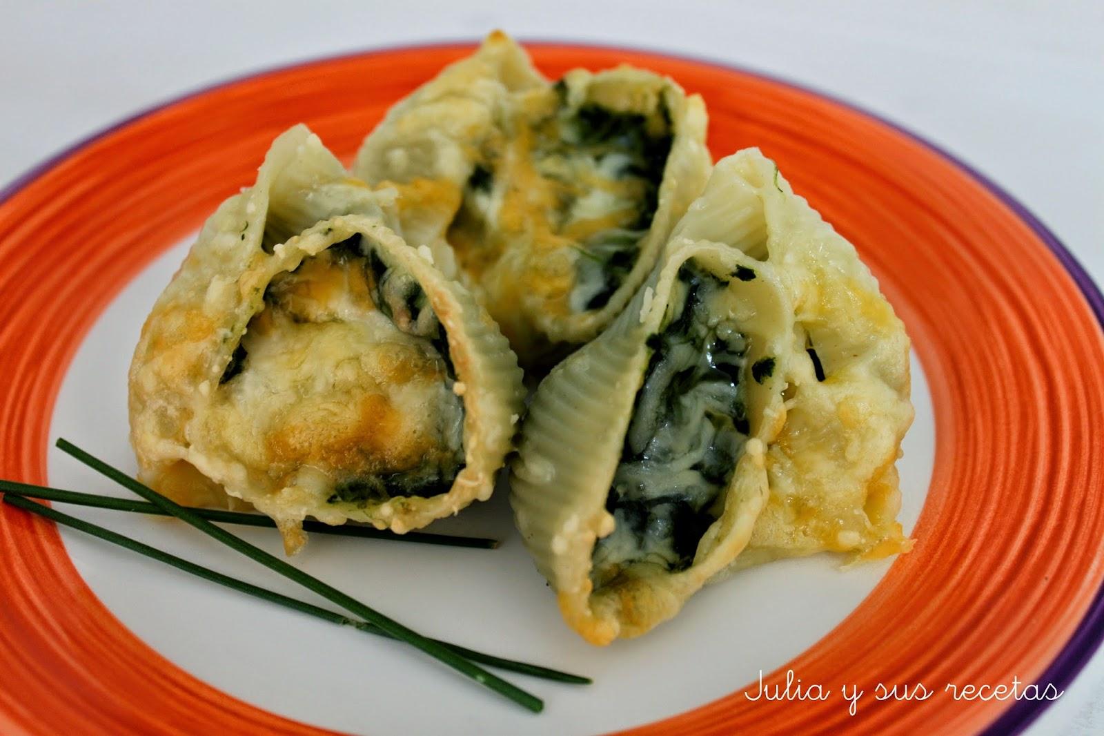 Lumaconi rellenos de espinacas y queso. Julia y sus recetas