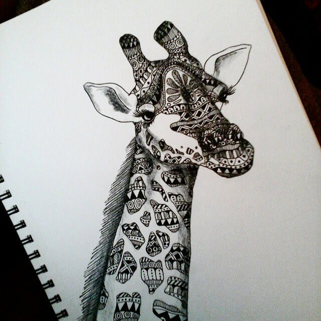 05-Giraffe-Savanna-Zentangle-Wild-Animal-Drawings-www-designstack-co
