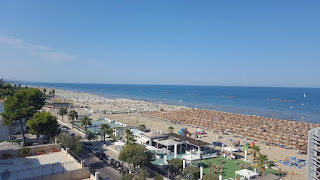 Roseta degli Abruzzi, notable for its wide, sandy beach, is sometimes known as Lido delle Rose