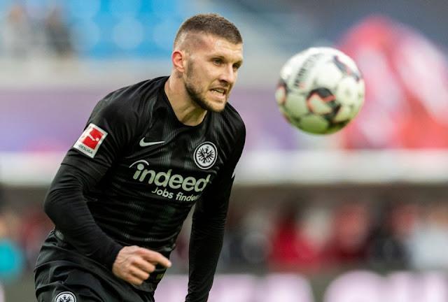 Eintracht Frankfurt dan AC Milan Setujui Pertukaran Bintang