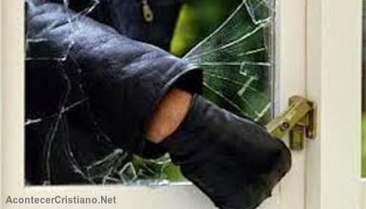 Ladrón arrepentido pide perdón devuelve lo que robó
