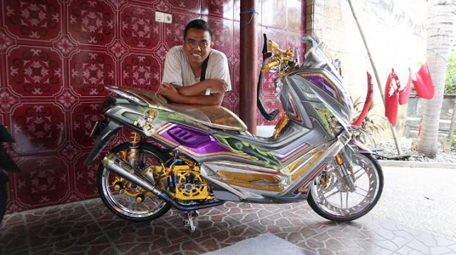 Edy Cutomized bersama Nmax Modifikasi Juara Maxi Fashion Bali