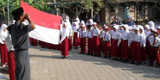 Larang Anak SD Hormat Bendera, Massa FPI Ini Disemprot Dandim