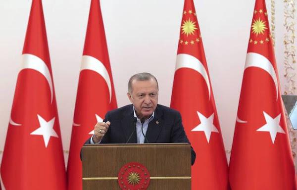 Loi « séparatisme » : Erdogan voit le texte comme un « coup de guillotine infligé à la démocratie française »