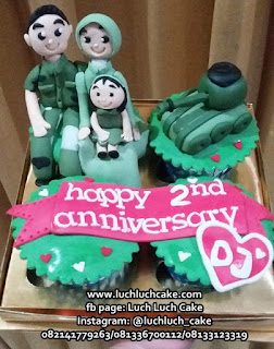 Cupcake Birthday Tentara Tema Keluarga