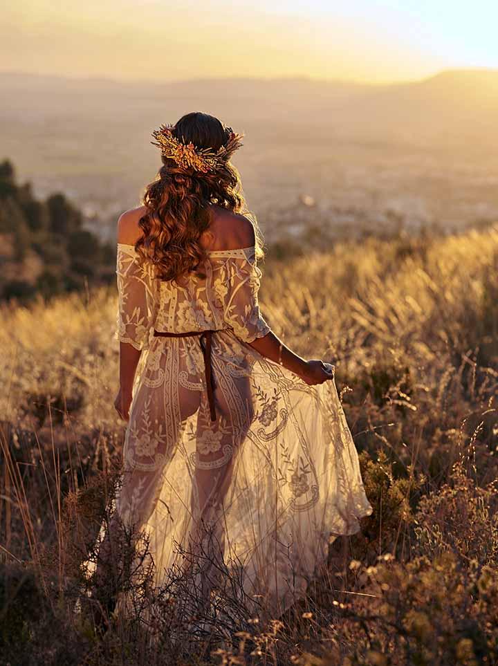peinado de novia pelo suelto de dia 2020
