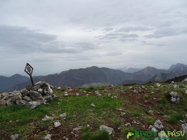 Cima del Pico Facéu, Piloña