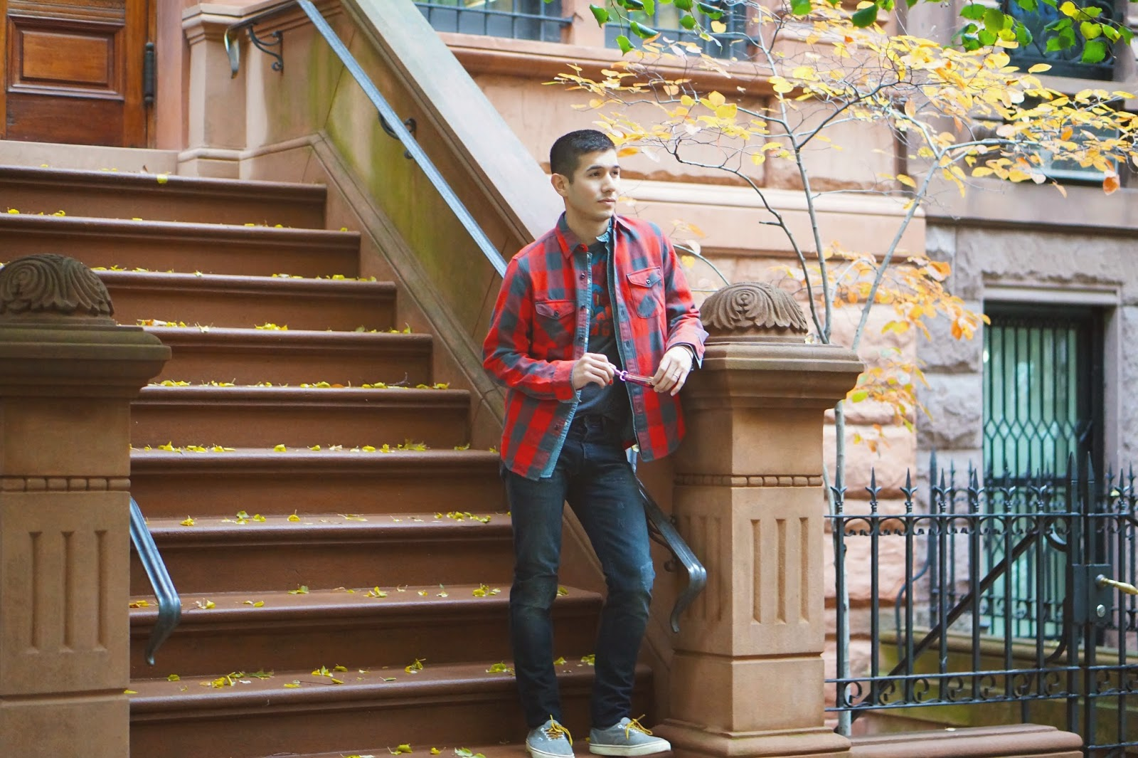 963ca8f9 Wearing: J. Crew Wallace and Barnes Buffalo Plaid Flannel   J. Crew  Selvedge Japanese Denim Workshirt   American Eagle Outfitters Graphic Tee    3x1 M5 ...