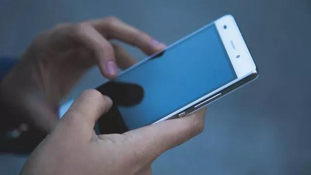 Резкое сокращение заряда батареи назвали признаком взлома смартфона