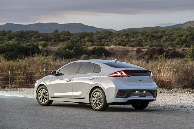 2020 IONIQ Shows off Fresh Styling, Upgraded Interior and More Electric Range at Los Angeles Auto Show
