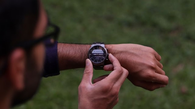 Wearable Review: Fossil Hybrid HR review