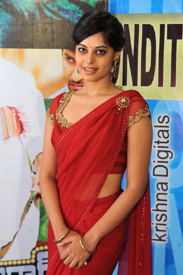 Aishwarya Rajesh Glam Photoshoot - Telugu Actress Gallery