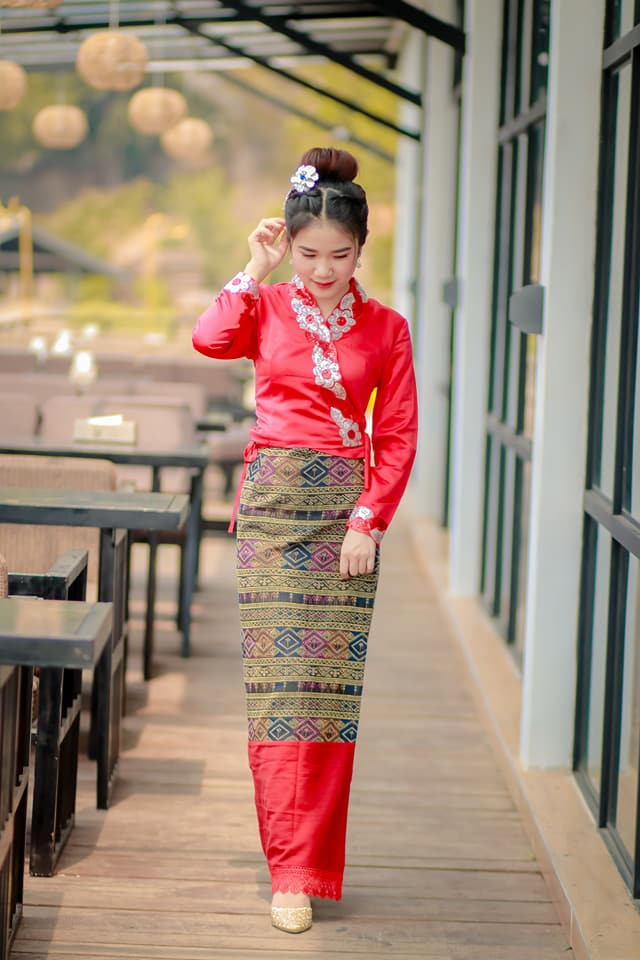 Myanmar Fashions Store Traditional Costumes Snazzy Dresses Longyi