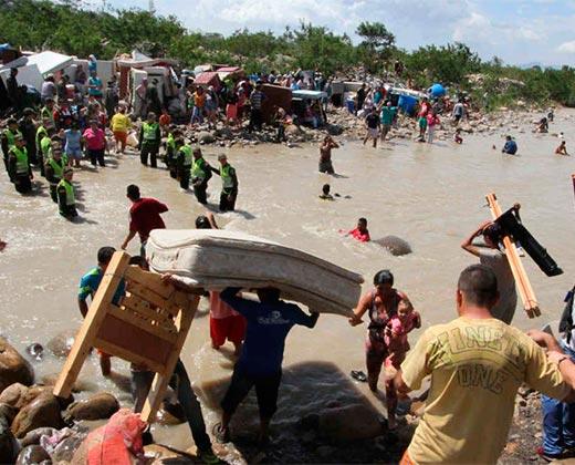 Colombia pide a Venezuela datos sobre supuestas olas masivas de migrantes
