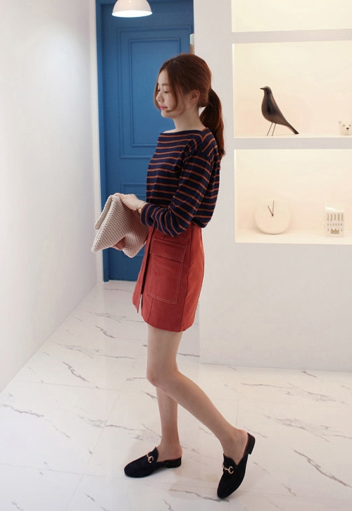 Contrast Stitch Flap Pocket Mini Skirt