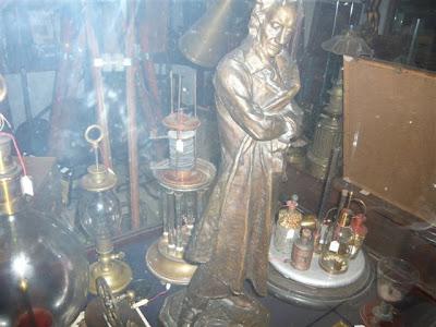 Statua in bronzo commemorativa Alessandro Volta 1927