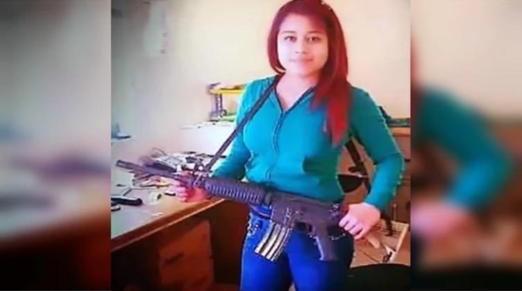 """""""La Cleopatra"""" del narco: """"La Peque"""" de Los Zetas paso de venderse por las noches a decapitar a sus víctimas y bañarse con su sangre"""