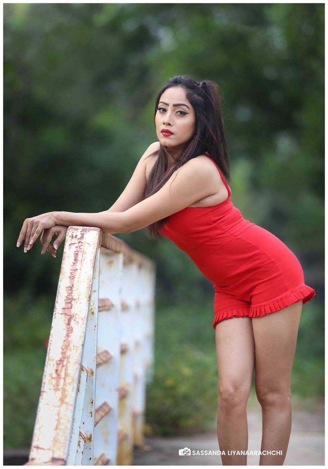 Sri Lankan actress model Piumi Hansamali latest photos in