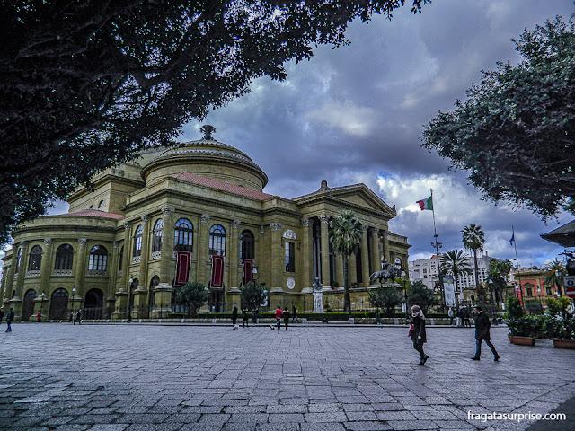 Fachada do Teatro Massimo de Palermo, Sicília