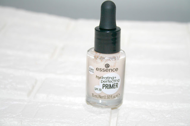 Essence Hydrating + Perfecting Primer SPF20