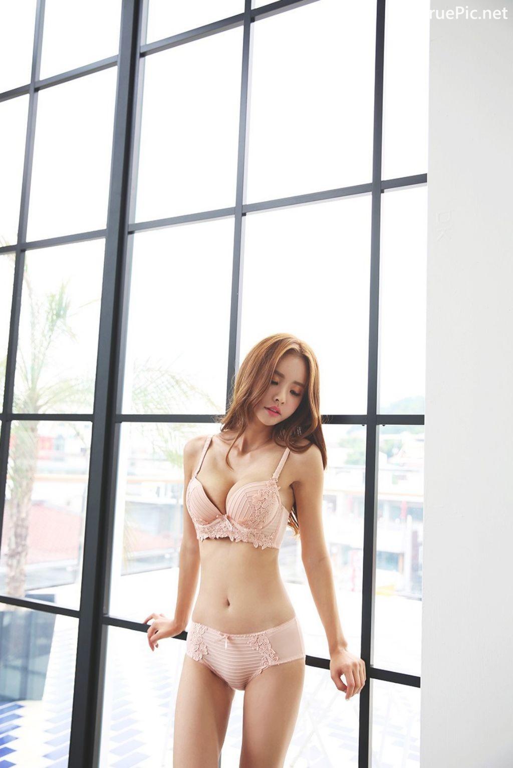 Image-Korean-Fashion Model-Shin-Eun-Ji-Various-Lingerie-Set-Collection-TruePic.net- Picture-2