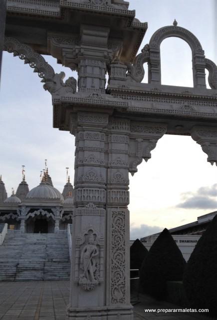 ir al Templo Hindú de Londres
