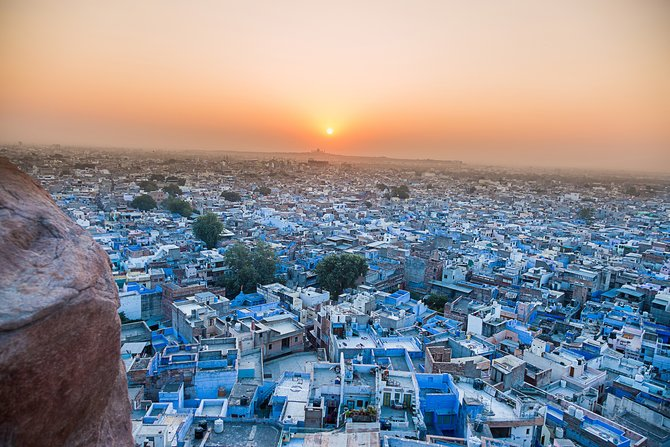 Keunikan 6 Kampung dan Kota Bernuansa Biru Di Dunia