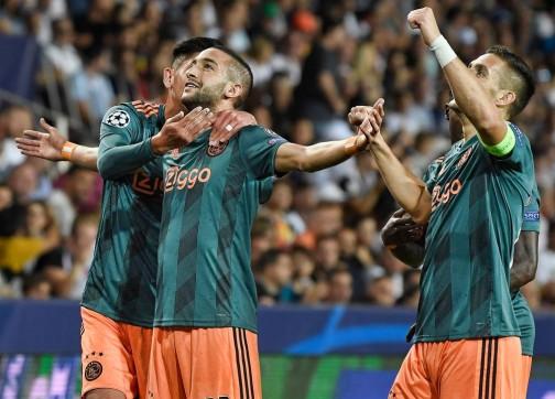 أجاكس يرفع قيمة بيع زياش لرقم كبير بعد تألقه اللافت في دوري الأبطال.....وريال مدريد أول المهتمين