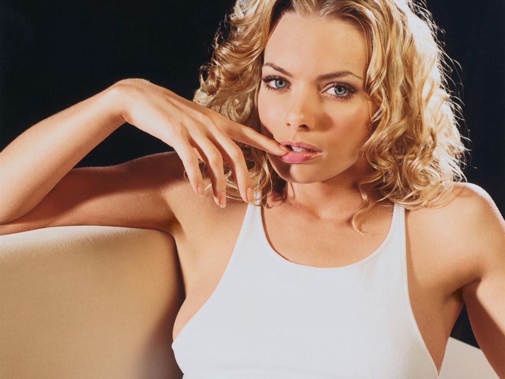 Image Gallary 1 American Model And Actress Jaime Pressly Beautiful