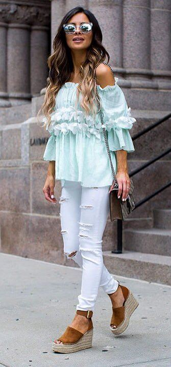 casual style obsession: top + white rips + bag