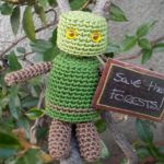 http://kerook.eu/wp-content/uploads/sites/2/2015/06/Robot-Oak22-Amigurumi-Pattern-.pdf