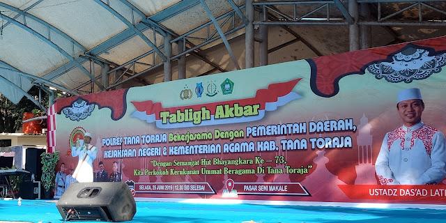 Ratusan Warga Toraja Lintas Agama Hadir di Ceramah Ustadz Das'ad Latif