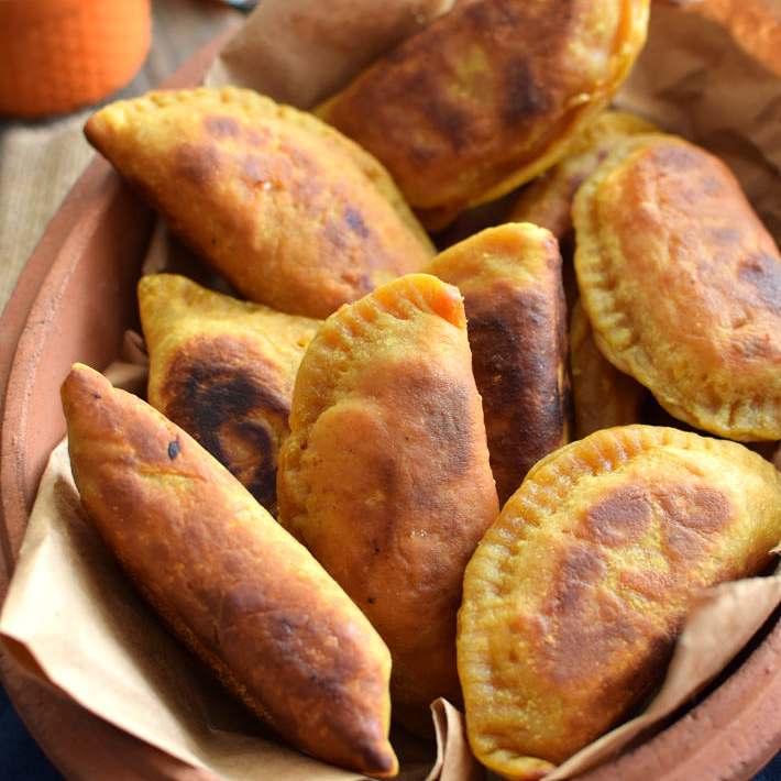 Receta para preparar samosas con vegetales al curry