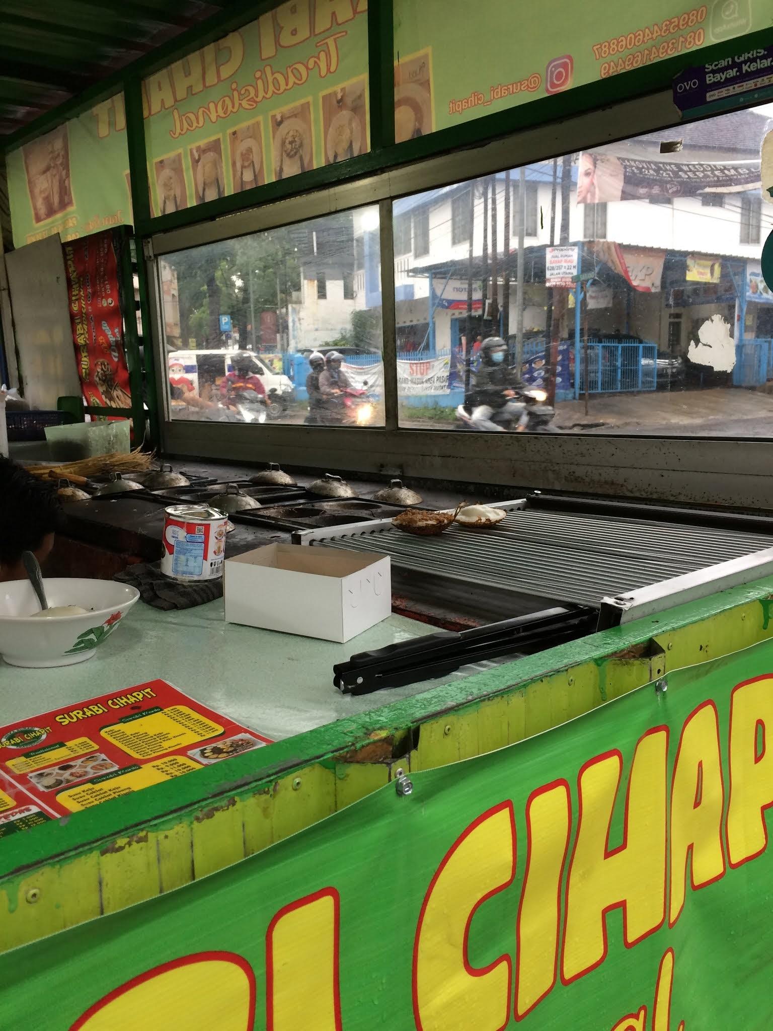 Surabi Cihapit, Bandung