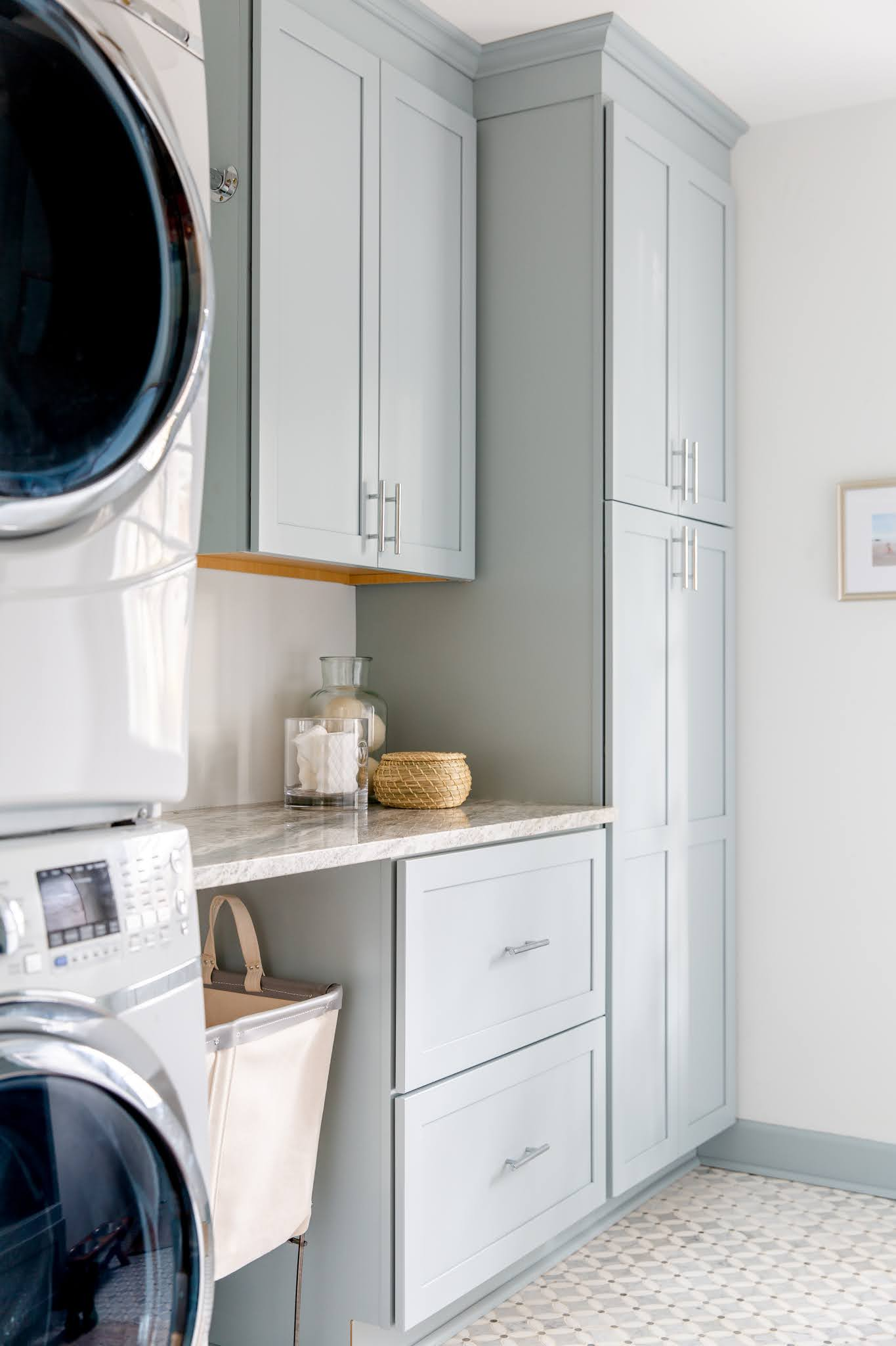 Before and After: The Laundry and Mud Room Reveal