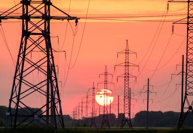 Reforma Eléctrica de AMLO temporalmente sin efectos