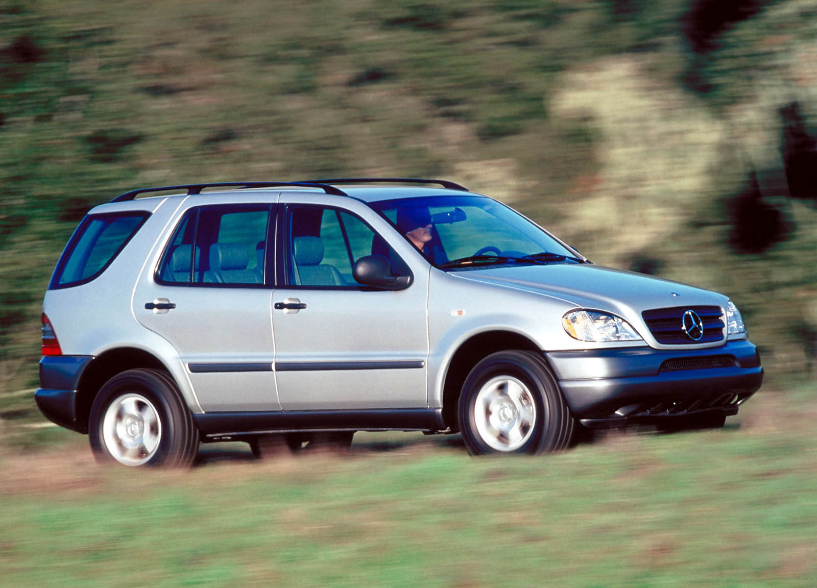 20 Years Ago, Mercedes-Benz Virtually Invented The Luxury Crossover ...