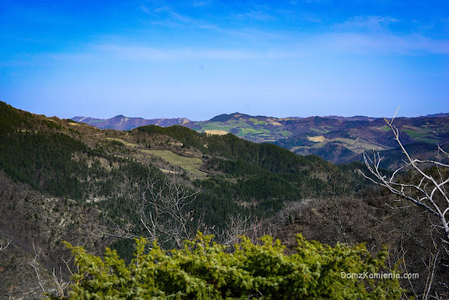 Szlak Dantego Apeniny, trekking Dom z Kamienia