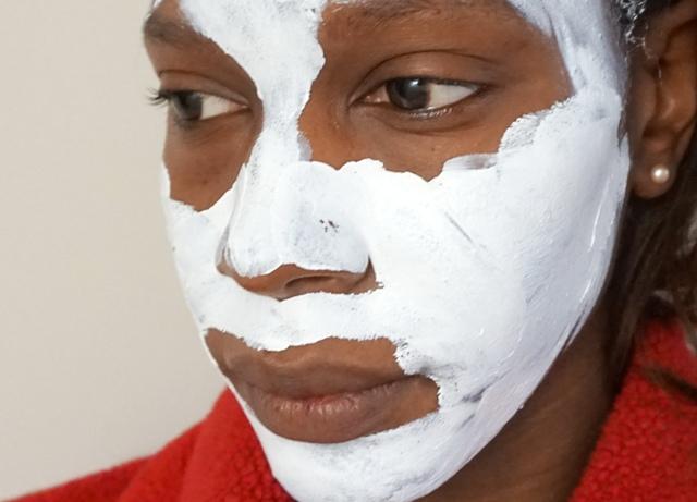 Skinfood Egg White Pore Mask (bellanoirbeauty.com)