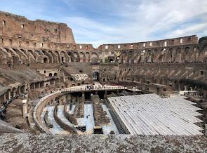 كولوسيوم روما من الداخل