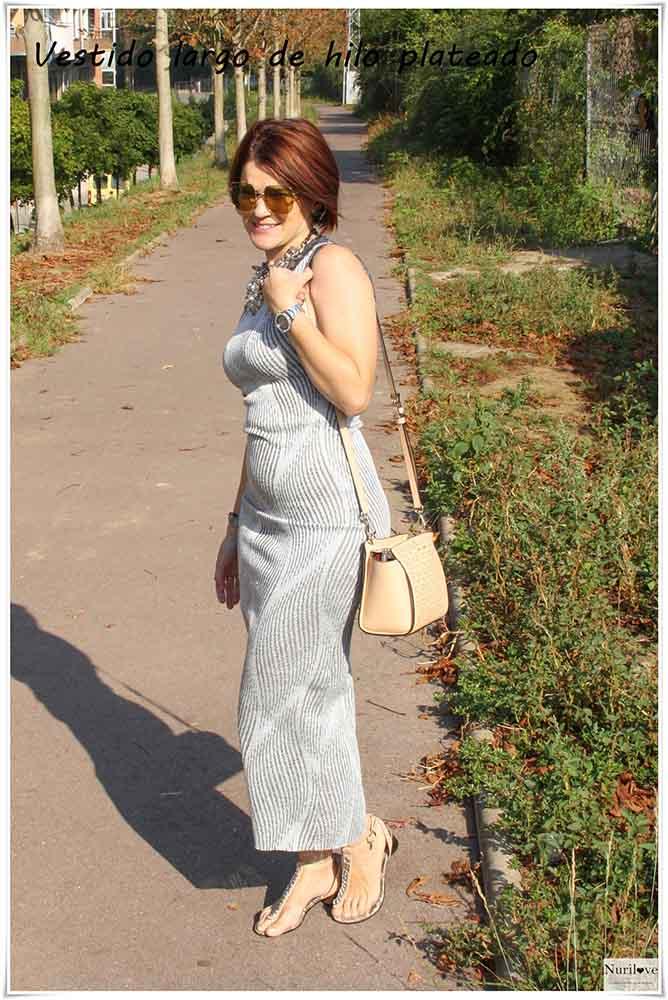 vestido largo con hilo plateado gris y blanco