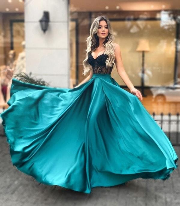 vestido de festa verde esmeralda com corpete preto