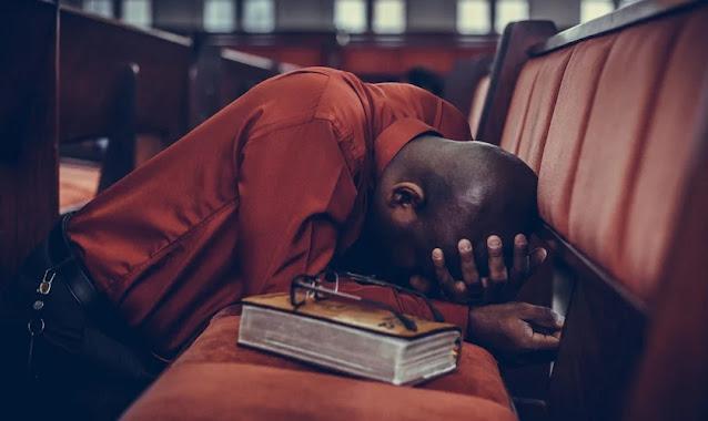 """""""A depressão existe e ataca os maiores profetas"""", diz pastor"""