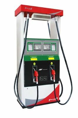 رائحة البنزين في السيارة لها مصدرين أساسيين إما من مجموعة خزان الوقود و ملحقاته أو من المحرك و منظومته فهم علاج هذه المشكلة