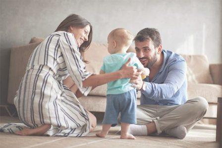 Pola Asuh Orang Tua (Pengertian, Aspek, Jenis dan Faktor yang Mempengaruhi)