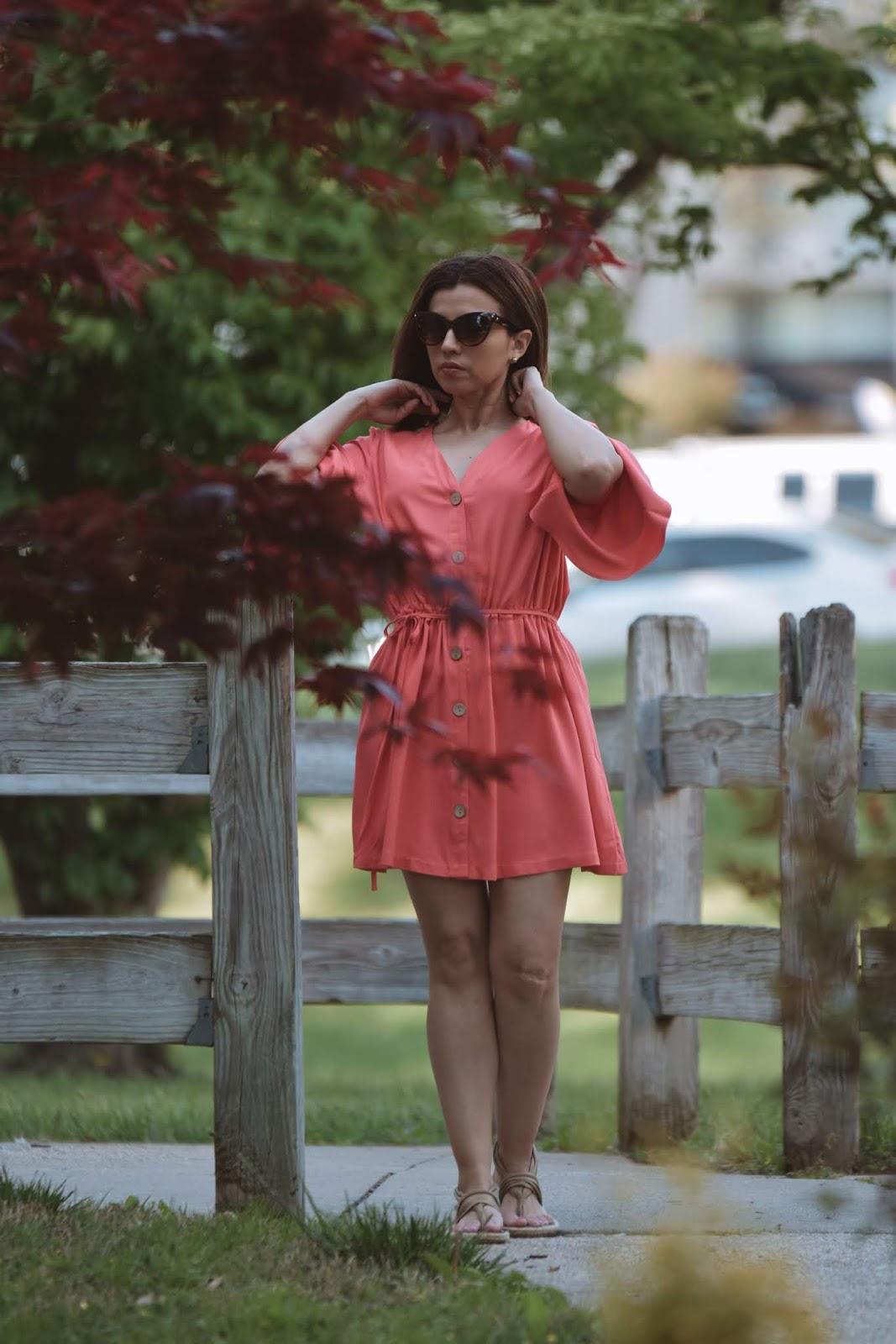 Combinando Un Vestido Color Coral-color coral en vestidos-mariestilo-como crear outfits desde cero-vestidos color coral-vestidos color salmon-vestidos en coral-
