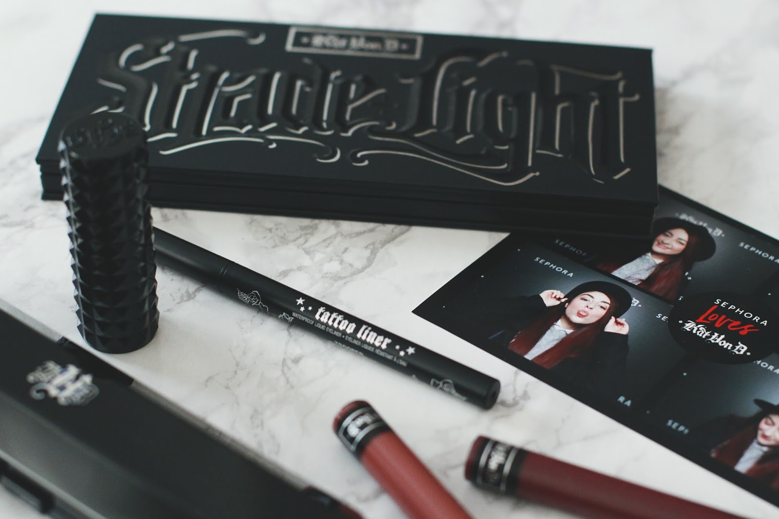 Palette Kat Von D Shade + Light Eye Contour Palette