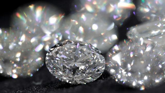 """El mayor productor de diamantes del mundo venderá joyas en China usando la tecnología """"blockchain"""""""