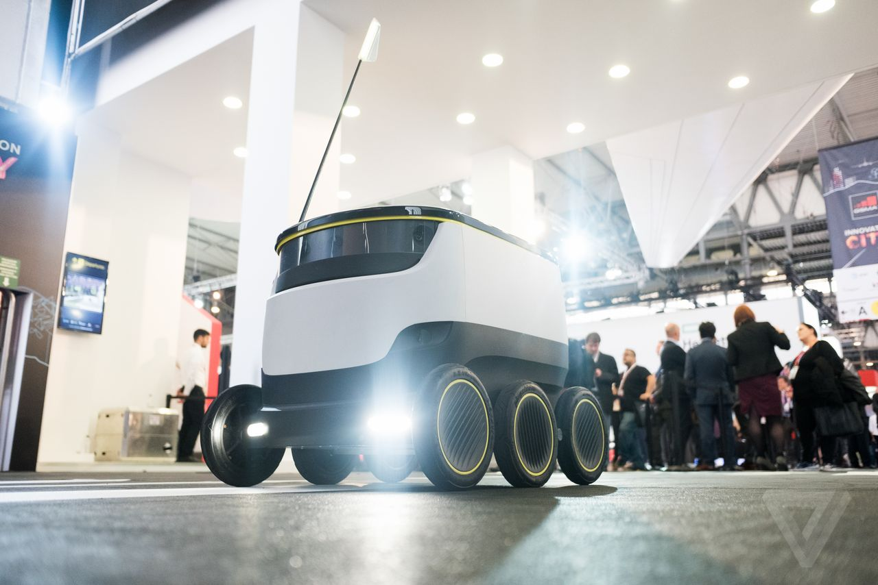 News Robot Delivery Boys Now In The Uk The Test Pit