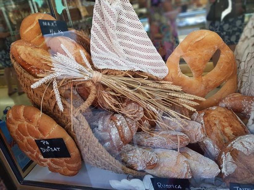 El Gremio de Panaderos y Pasteleros de Valencia celebra el Día Mundial del Pan